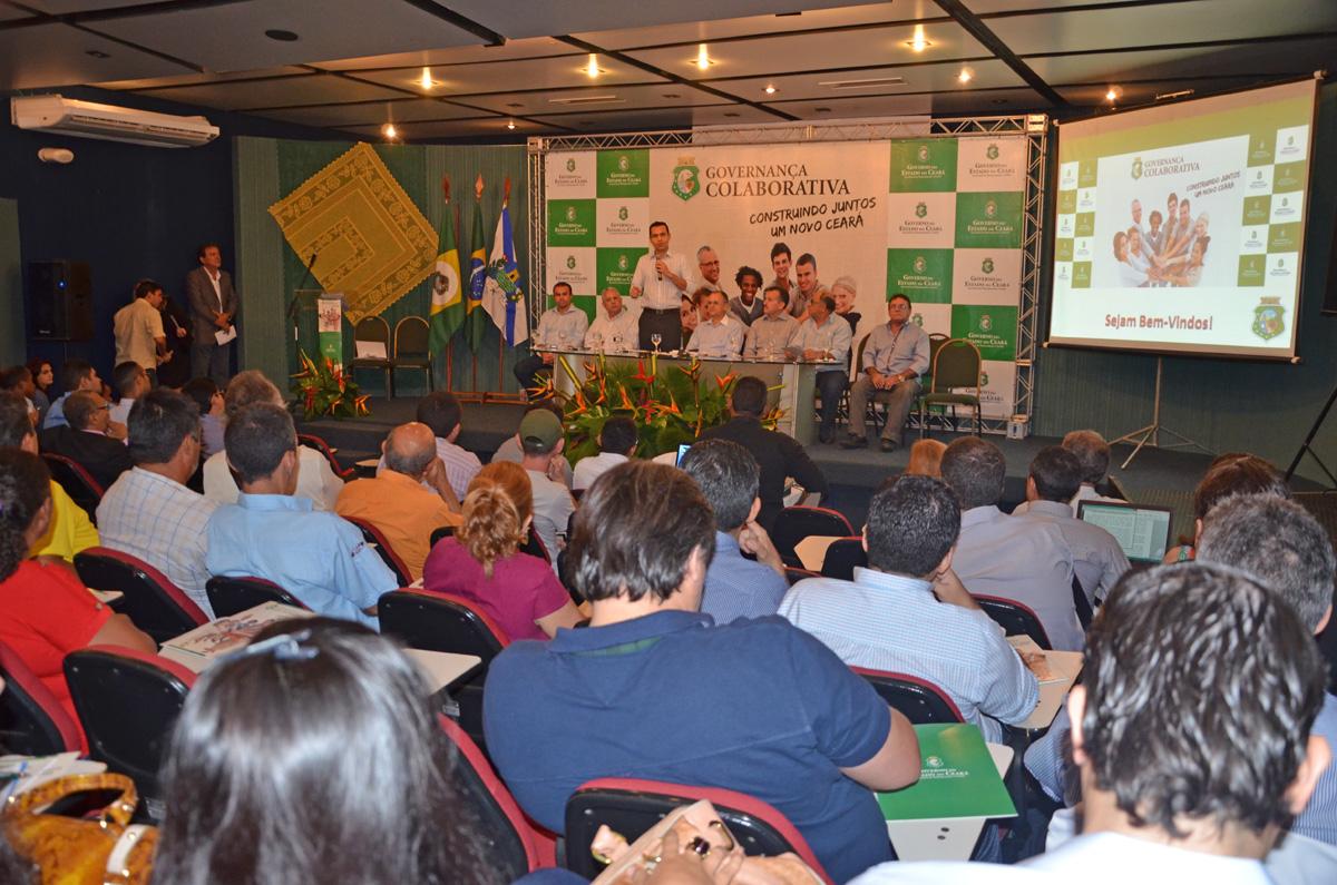 26.06.2014-Fórum-da-Governança-Colaborativa-117