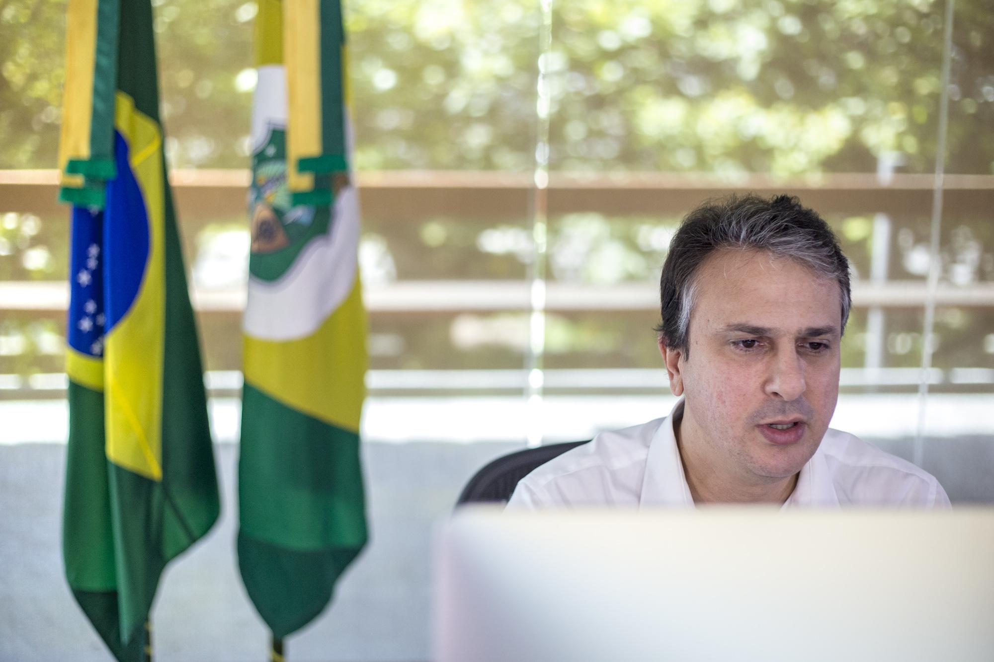 Governador anuncia pagamento da primeira parcela do 13º e crescimento do PIB no primeiro trimestre