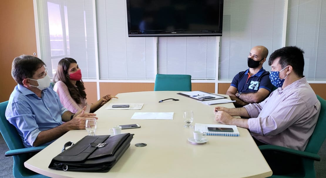 Secretário do Planejamento e Gestão recebe reitor e pró-reitora de Planejamento da UVA